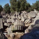 Развалины храма Зевса в Олимпии