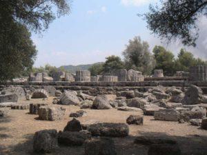 Развалины храма Зевса Олимпийского