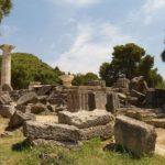 Руины храма Зевса в Олимпии
