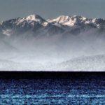 Озеро Иссык-Куль самое глубокое в Средней Азии (702 метра)