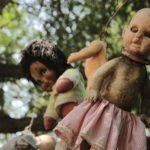 Куклы на острове