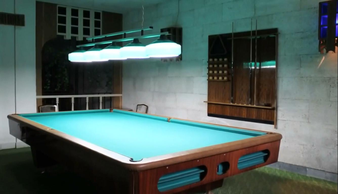 Дворец-санаторий Дюльбер в Кореизе в бильярдной
